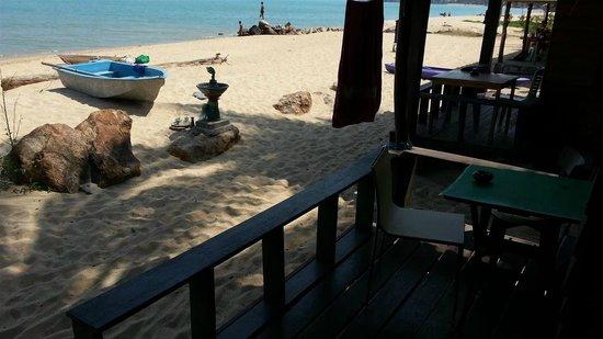 Maenam Cheer Restaurant & Bungalow : Terrace