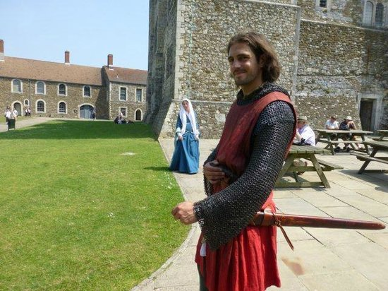 Dover Castle : there's a charming knight