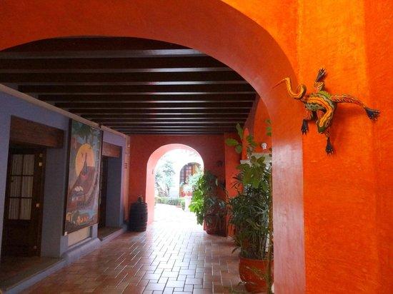 Hotel Trebol: Hallway