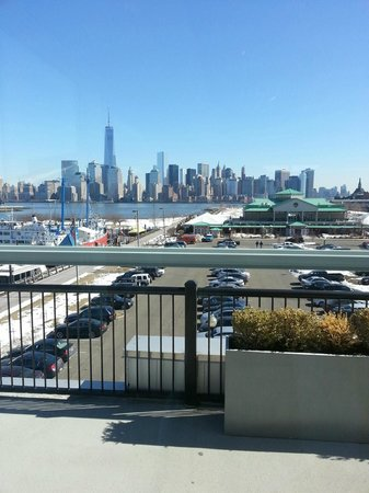 Maritime Parc: Beautiful view of NYC