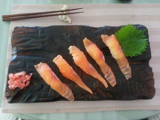 Minami: Sushi saumon
