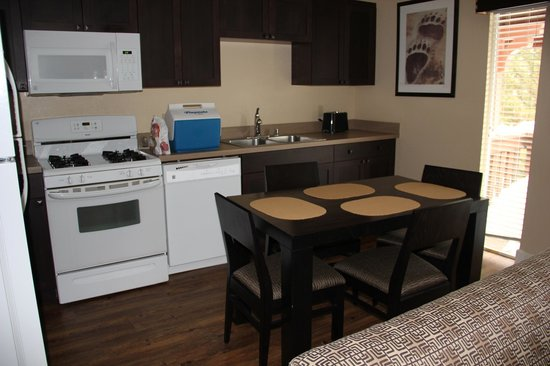 Worldmark at Big Bear: Kitchen