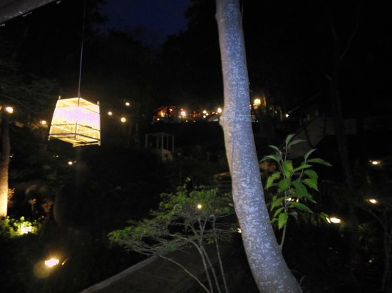 Baan Hin Sai Resort & Spa: View of some of the lovely lights at the resort - beautiful