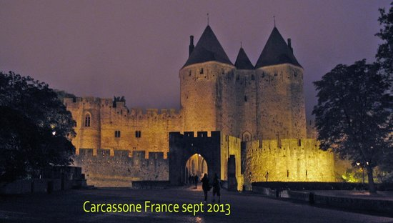 Liste des comtes de Carcassonne : night