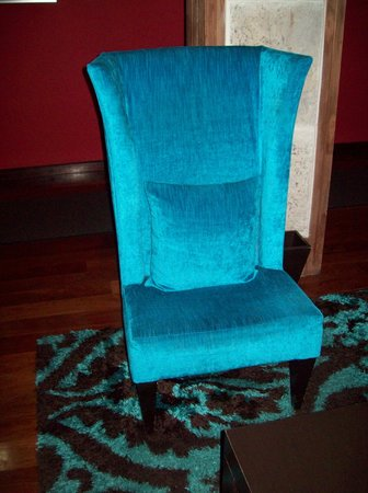 The Spanish Court Hotel: My Favorite Chair