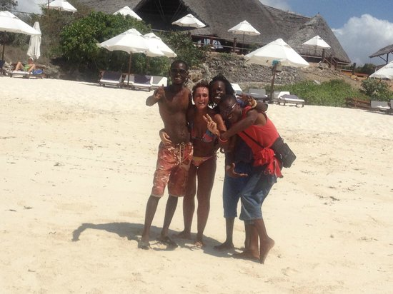 Ora Resort Watamu Bay: amici beach boys