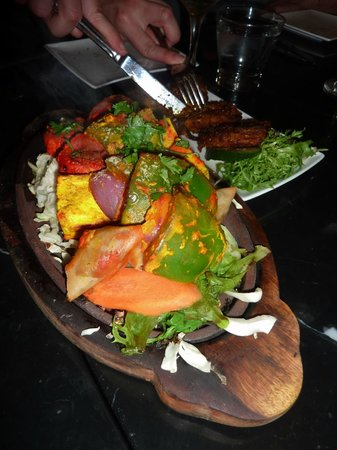The Grand Pavilion : A MUST to try..the sizzling vegetable platter!!!