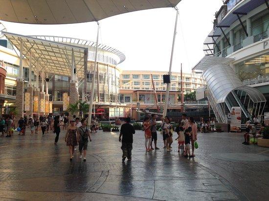 Jungceylon: shopping center