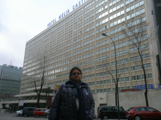 Melia Castilla: In front of the hotel, across the road