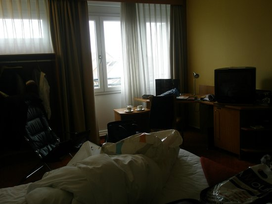 NH Erlangen : the spacious room
