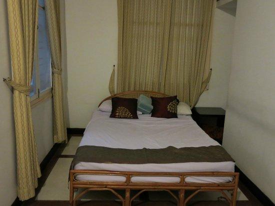 Frangipani Villa-60s Hotel: Bed Area Room #12