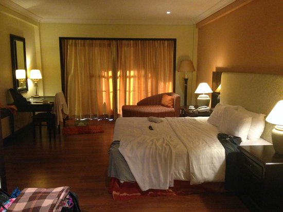Nexus Resort & Spa Karambunai : The room