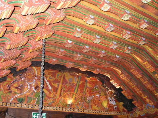 The Spice Route: Restaurant ceiling ... Indian in style, but restaurant is not!