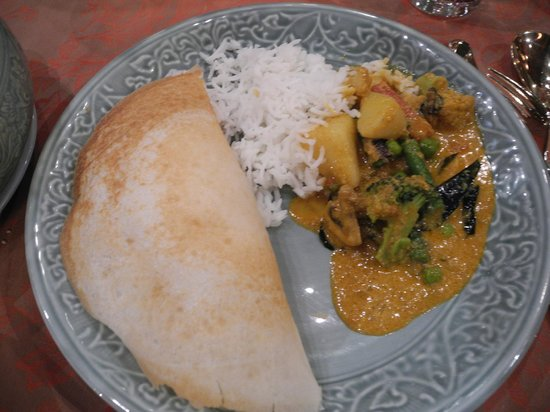 The Spice Route: my curry, but I begged for some rice from a companion.  Imagine what it would look like on the p