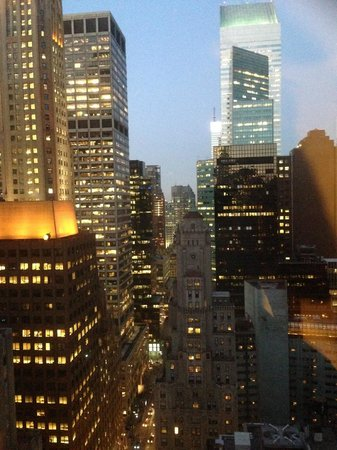 New York Marriott East Side: View from 32nd. floor