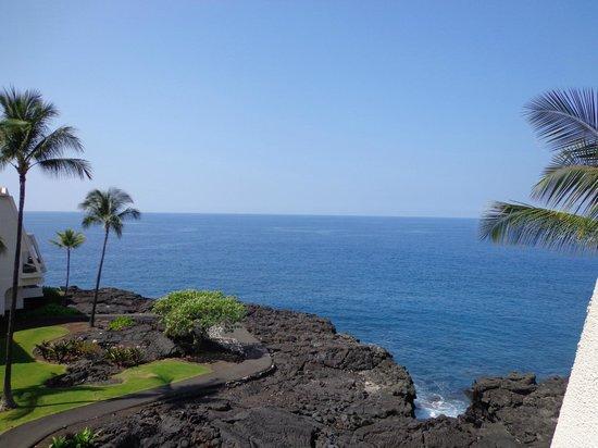 Sheraton Kona Resort & Spa at Keauhou Bay: ocean front view from room
