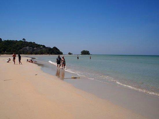 Nai Yang Beach: 国立公園内のビーチエリア