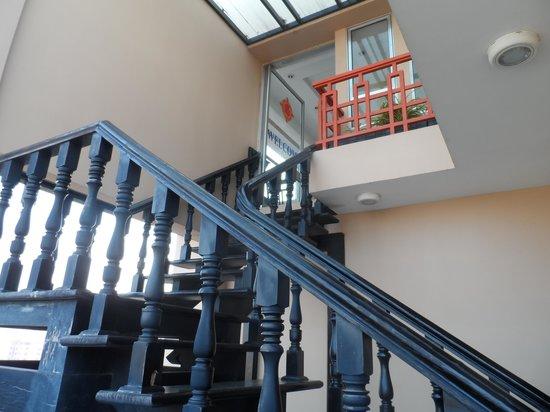 Salita Hotel: Stairway to breakfast