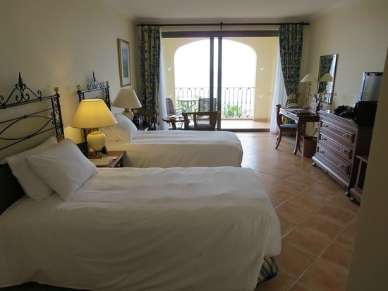 Hilton Malta : Zimmer 823