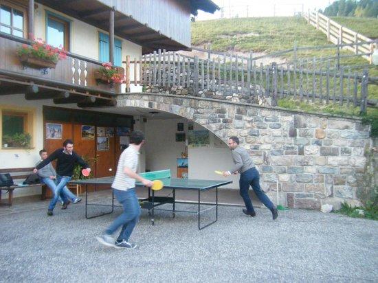 Ciasa Do Pare Appartamenti: il ping pong