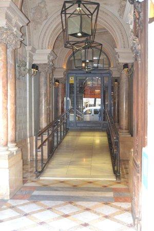 Hotel Praktik Rambla: ingresso