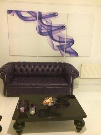G! Boutique Hotel: Reception room.