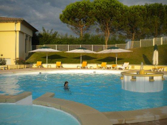 Hotel du Golf - Domaine de la Valdaine: piscine