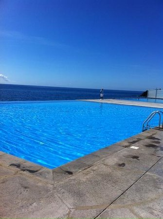 VidaMar Resort Hotel Madeira: infinity pool