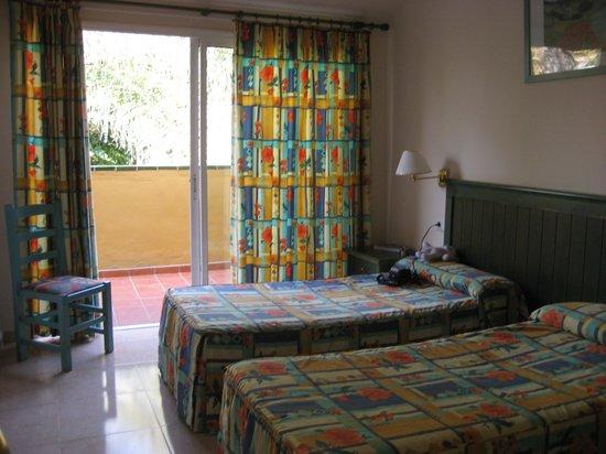 Oasis Village : chambre