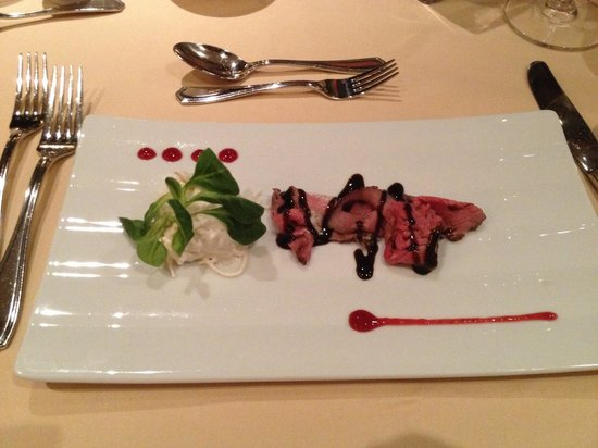Kaiserhof: Roastbeef mit Waldofsalat
