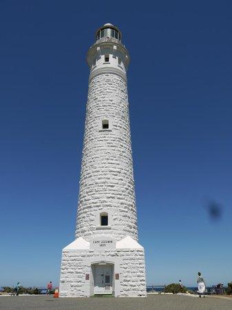Cape Leeuwin Lighthouse: The lighthouse