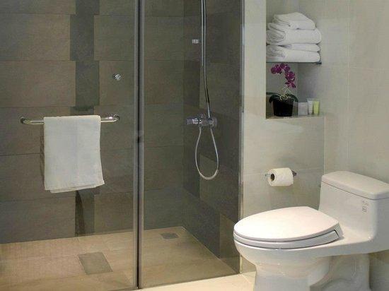 The Luxe Hotel : Interior Deluxe Queen