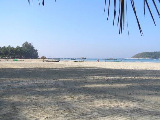 Pleasant View Resort : The beach