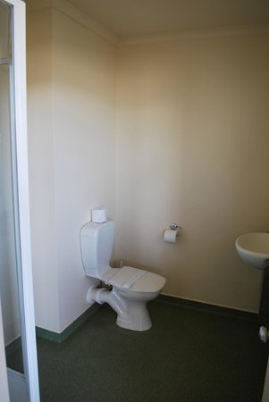 Lake Tekapo Village Motel: bathroom