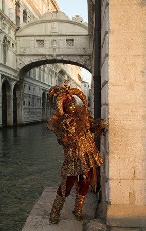 Hotel Ala - Historical Places of Italy : Bridge of Sighs