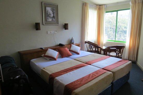 Ramboda Falls Hotel: our room