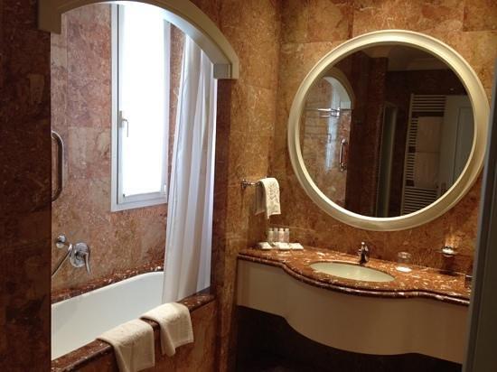 Abano Grand Hotel: bagno
