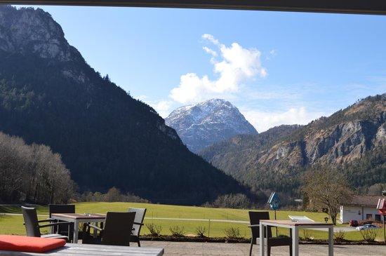 Hotel Pension Seeblick: Terassensicht auf den Thumsee