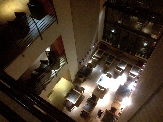 Milan Suite Hotel: Hall e sala colazioni