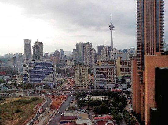 Furama Bukit Bintang : Вид из окна на 24 этаже