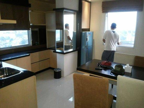 Nagoya Mansion Hotel & Residence : kitchenette