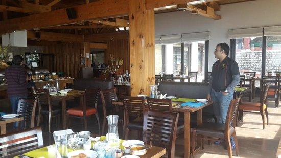Club Mahindra Kanatal: The restaurant