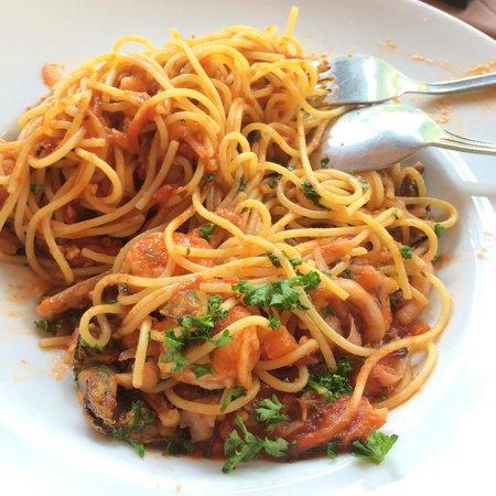 cafe del sol: Seafood spaghetti