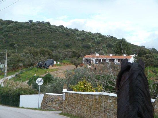 Horta da Moura - Hotel Rural: Exterior das cavalariças