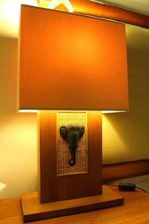 Elephant Safari Park & Lodge: Lamp