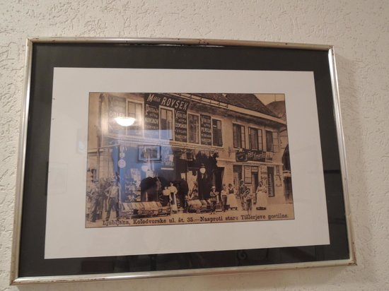 Stari Tisler: photo of old inn hanging on corridor wall
