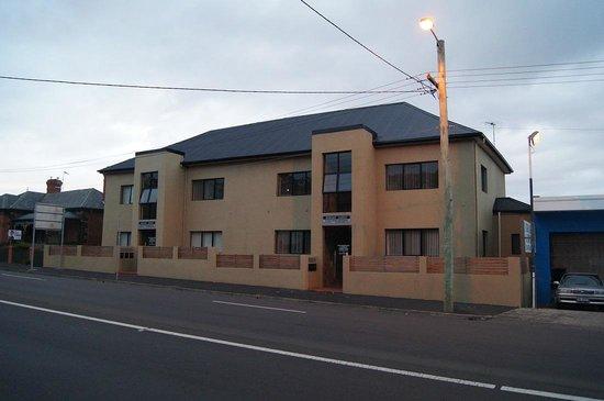 Hobart Lodge