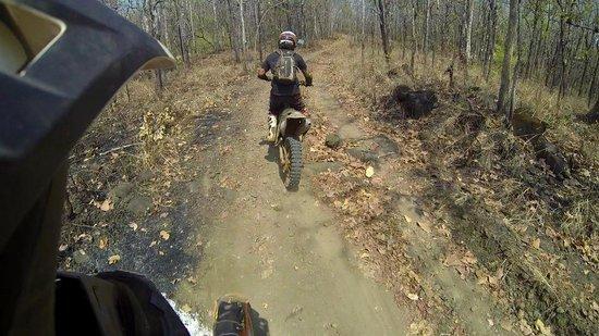 Siem Reap Dirt Bikes Day Tours : Trail Riding