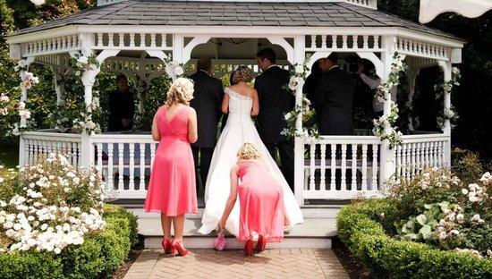 The Old Kent Barn: Wedding Gazebo