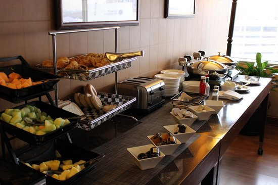 Sheraton Inner Harbor Hotel : Club Breakfast